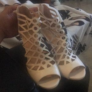 Off white XOXO high heels